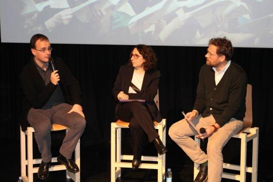Pablo Berástegui, Núria Oller, e Iker González, uno de los más de 200 cantantes no profesionales. Foto: 2016