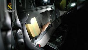 Fotos Bilbao Mosca.Imagen fija003 300x169 - La Guardia Civil incauta en Mañaria 245 kilogramos de hachís que eran transportados con destino a Europa