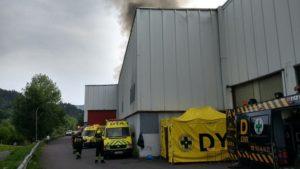 empresa surf3 300x169 - Incendio en el polígono Ugaldetxo de Oiartzun