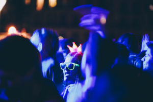IMG4055 300x200 - DJ's y mucho público en las noches del Kursaal