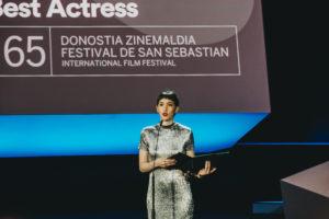 IMG2837 300x200 - 'The disaster artist' vence en una gala feminista y con sabor argentino