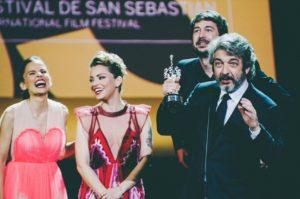 LRM EXPORT 20170926 225355 1280x851 300x199 - Un Premio Donostia a los amores de su vida
