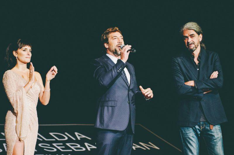 Penélope Cruz, Javier Bardem y Fernando León de Aranoa. Foto: Santiago Farizano