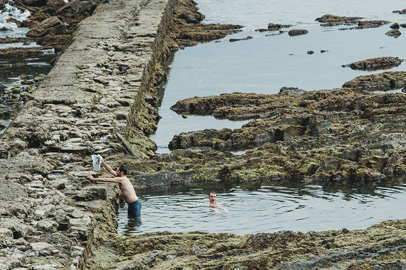 Bañistas el pasado septiembre en una imagen alejada de masificaciones. Foto: Santiago Farizano