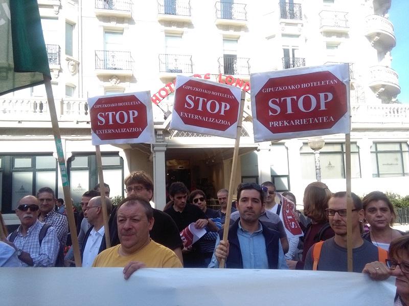 Protesta del personal de los hoteles el pasado 12 de octubre en Donostia. Foto: A.E.