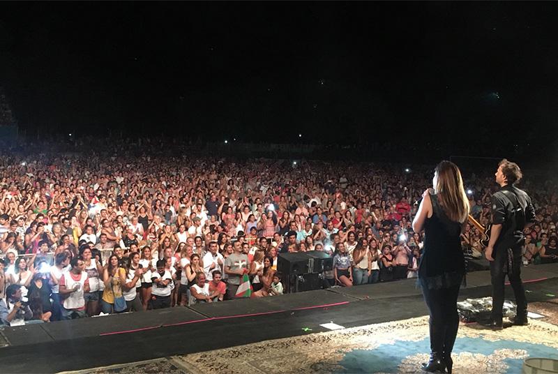 Imagen del concierto de La Oreja de Van Gogh en Trenque Lauquen (Argentina). Foto: Twitter del grupo