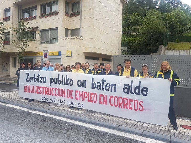 correos La plantilla de Correos anuncia movilizaciones en Donostia por su situación laboral