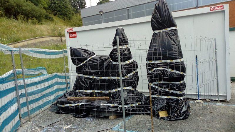 esculturas Las esculturas de Anoeta permanecerán protegidas hasta el final de las obras