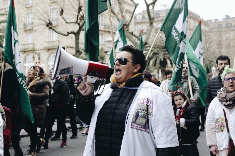 Manifestación de las trabajadoras de las residencias de mayores. Foto: Santiago Farizano.