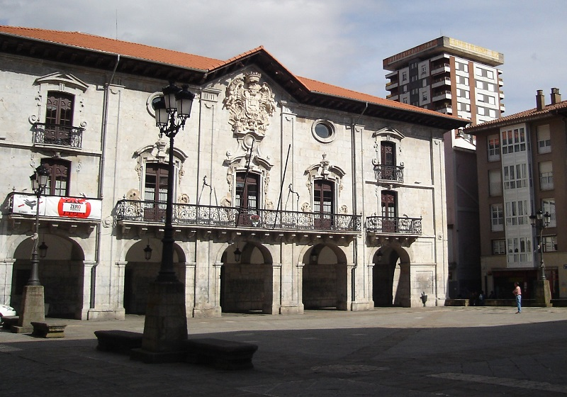 Ayuntamiento de Arrasate. Foto: opendata.euskadi.eus.