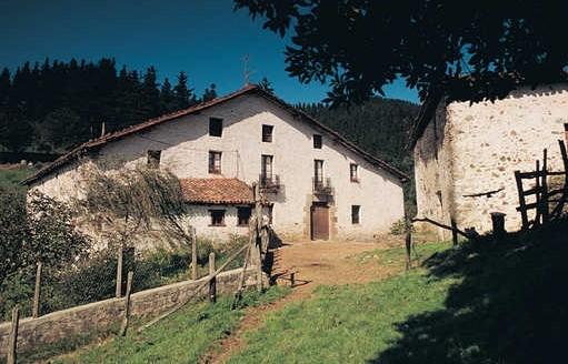 Típico caserío gipuzkoano. Foto: Diputación.