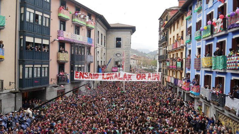 D0fRp6CXQAAOpZs El txupinazo proclama el jolgorio en los Carnavales de Tolosa