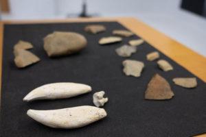 DSCF0930 300x200 - Hallados en Praileaitz restos arqueológicos del Paleolítico Inferior