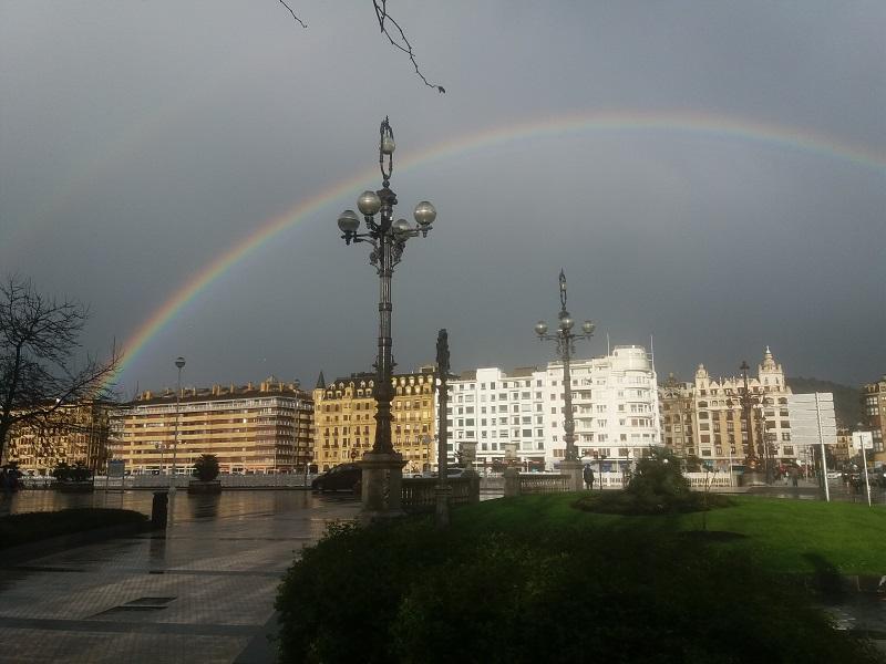 Arcoíris tras el chaparrón de esta tarde. Foto: Santiago Farizano