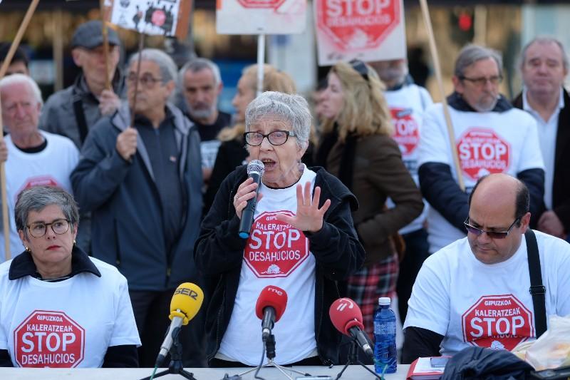 2019 0320 11161500 Los pisos turísticos explican irrupciones como la de Azora en Donostia, advierte Stop Desahucios