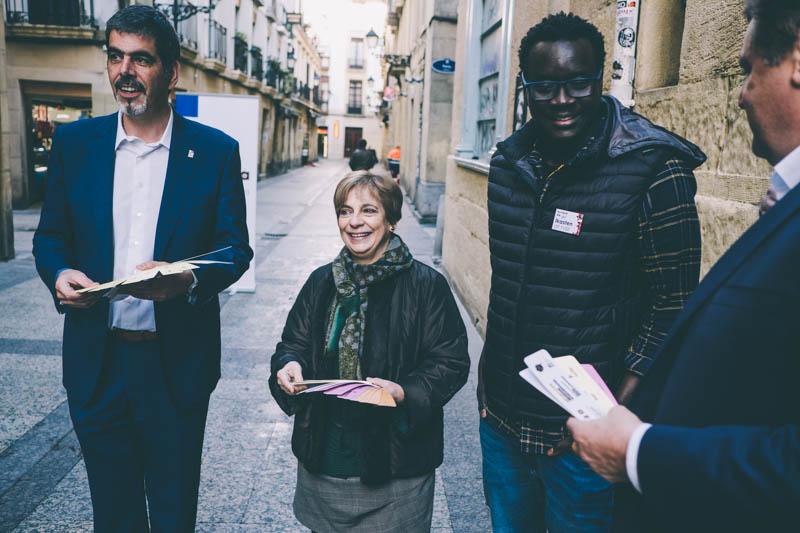 Presentación de la iniciativa 'Erraza da' hoy en Parte Vieja. Foto: Santiago Farizano