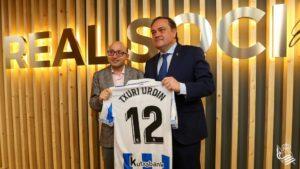 JesusVidal 300x169 - Jesús Vidal, premio Goya por 'Campeones', hace el saque de honor en Anoeta