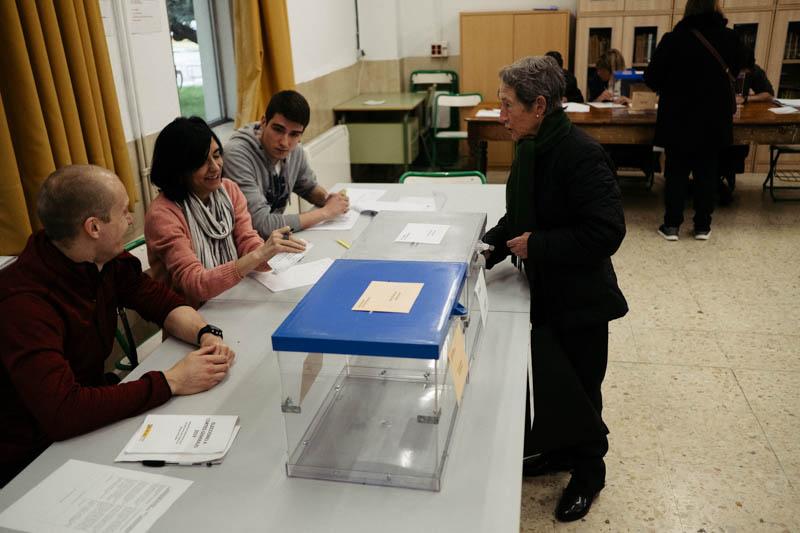 Imagen de archivo. Elecciones generales en Donostia. Foto: Santiago Farizano