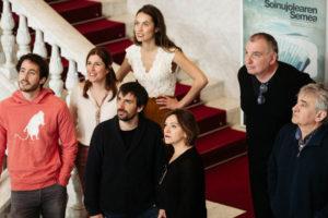DSCF4984 300x200 - La película 'El hijo del acordeonista' ve la luz con el beneplácito de Bernardo Atxaga