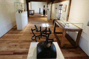 DSCF7005 300x200 - Más de 4.600 personas visitan Chillida Leku en su primera semana de apertura