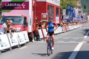 2019 0803 13480400 800x533 300x200 - Lucy Kennedy (MTS) gana la primera Clásica San Sebastián femenina