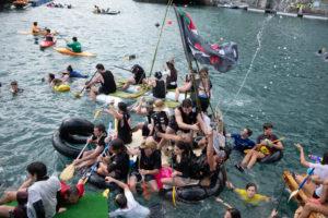 DSCF0458 300x200 - Los piratas toman la bahía y culminan el ansiado abordaje