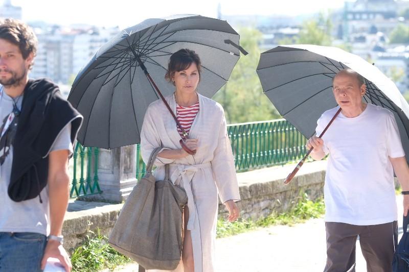 Gna Gershon y Wally Shawn llegando al Palacio Miramar para culminar el rodaje de Woody Allen. Fotos: Santiago Farizano