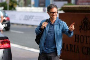 LRM EXPORT 578841350432 20190925 115552165 1280x853 300x200 - Gael García Bernal vuelve al Festival de San Sebastián con tres motivos