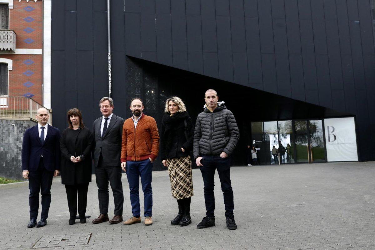 Presentación, hoy, del programa de 2020 en el Museo Balenciaga. Foto: Diputación