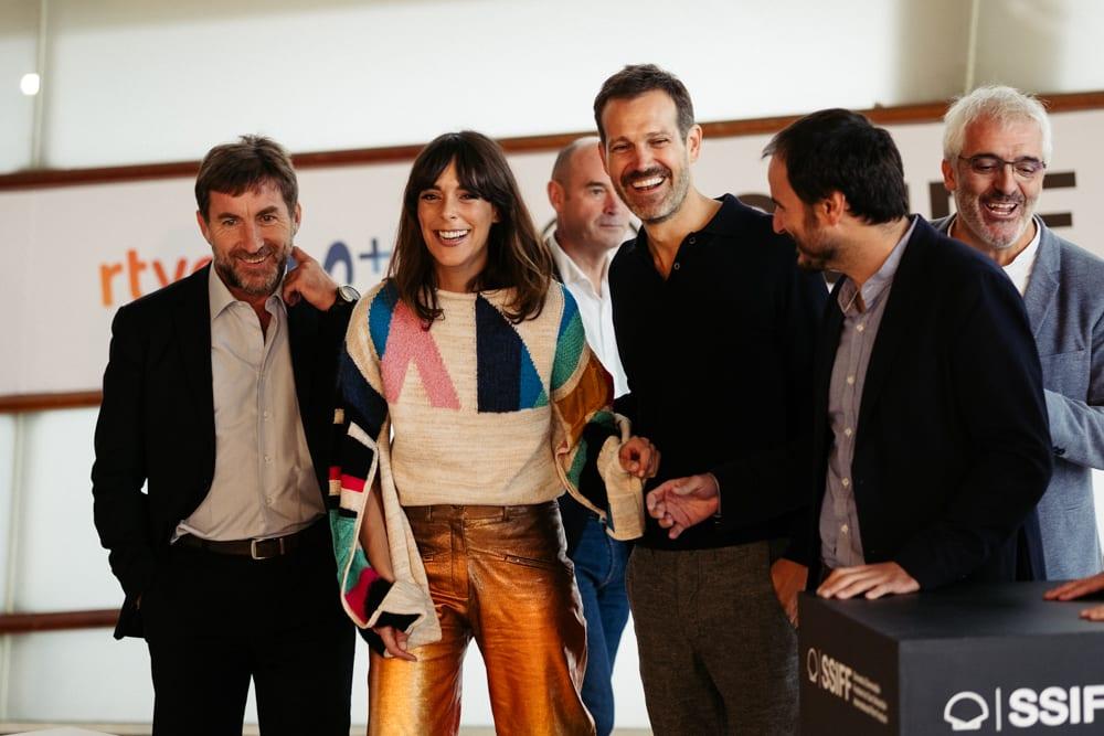 Equipo de La trinchera infinita en el Festival de San Sebastián 2019. Foto: Santiago Farizano