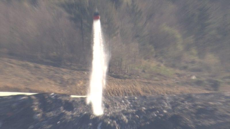 helicoptero espuma Espuma sellante para impedir que se incendie de nuevo el vertedero