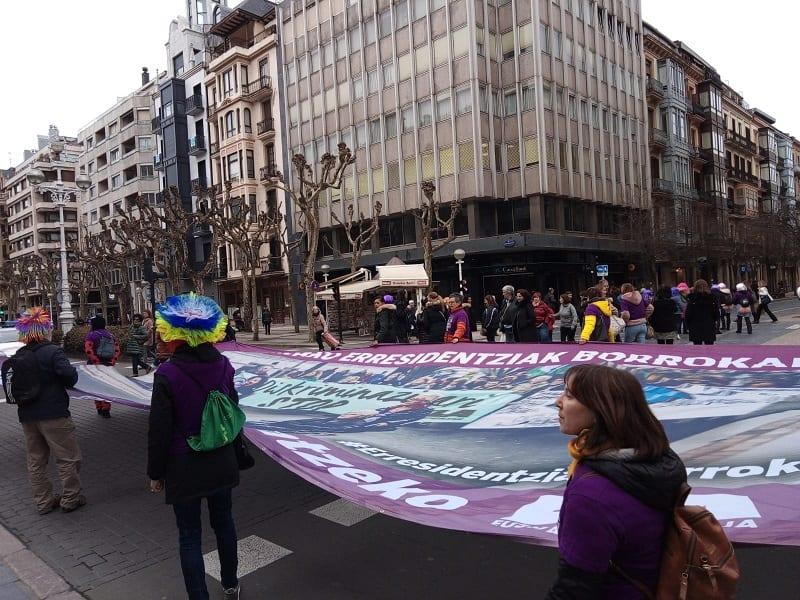 Manifestación de las empleadas de las residencias el 21 de febrero en Donostia. Foto: A.E.