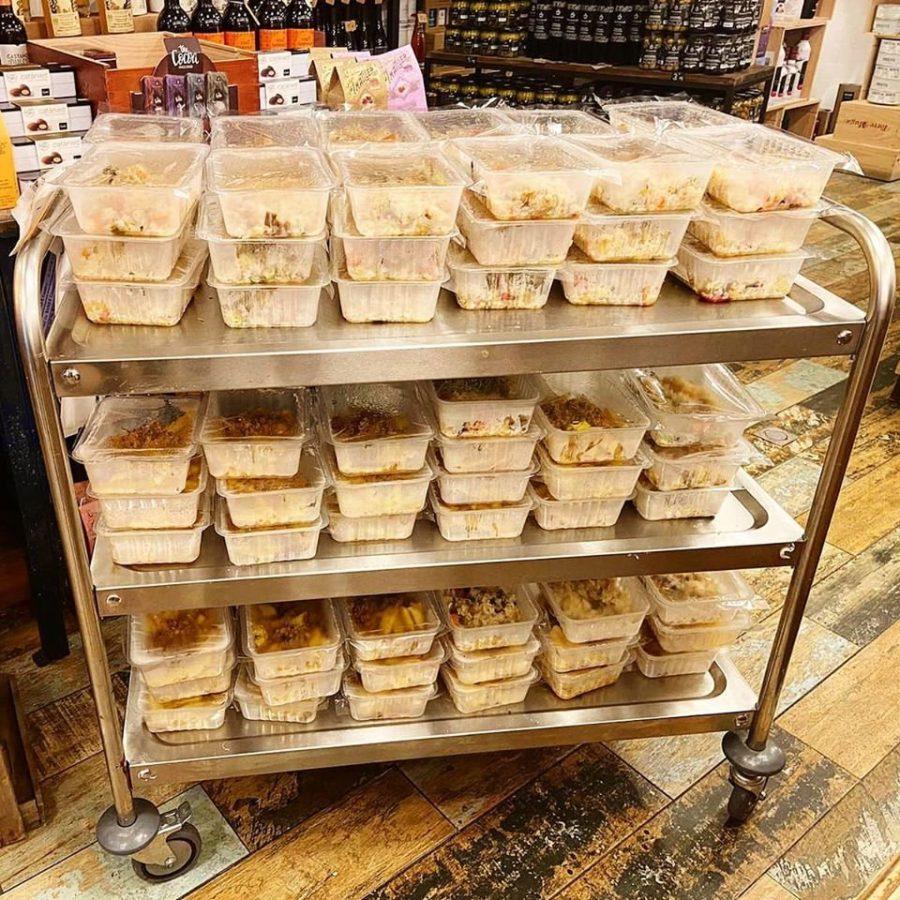 Carro de la tienda Xibaritak Gandarias donde se coloca los menús cada día. Foto: Xibaritak Gandarias