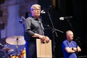DSCF4943 300x200 - Con Chano Domínguez volvió la música a la Plaza de la Trinidad