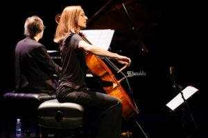 DSCF5246 300x200 - Jazz elegante en el Teatro Victoria con Lechner y Couturier