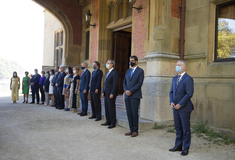 Entrada del Palacio Miramar esta mañana antes del Consejo de Gobierno. Foto: Gobierno Vasco