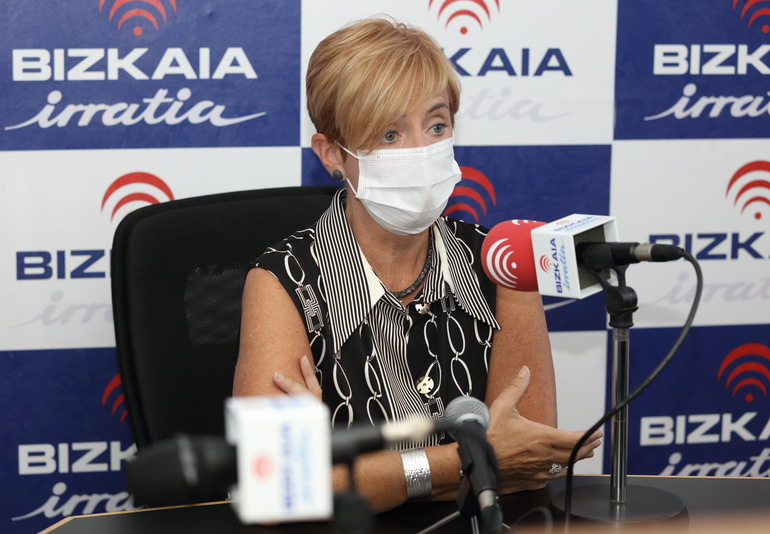 Entrevista ayer de Arantxa Tapia en Bizkaia Irratia. Foto: Gobierno Vasco