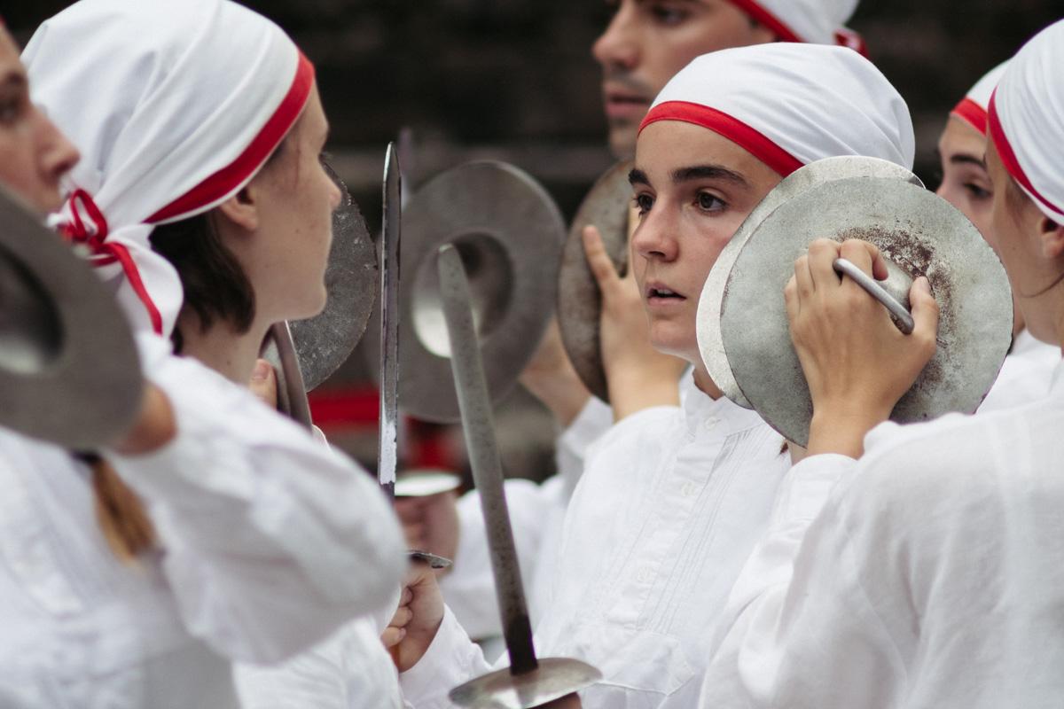 DSCF1683 - Arkaitz Dantza Taldea deja huella en la plaza de la Trinidad