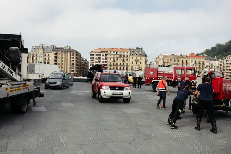 Montaje en la Zurriola para Abuztua Donostian. Foto: Santiago Farizano