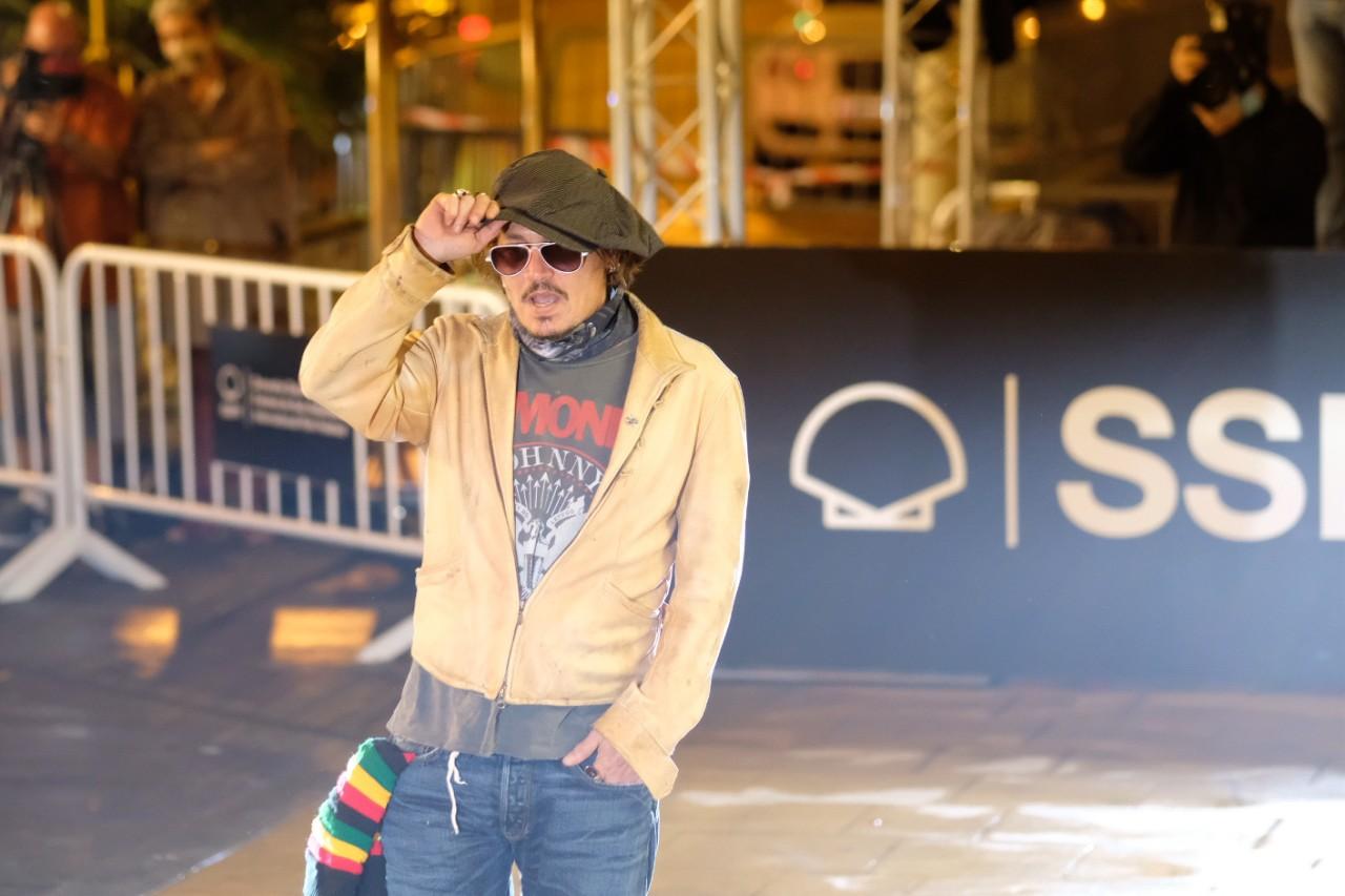 2020 0919 21054100 copy 1280x853 - Johnny Depp ya está en Donostia