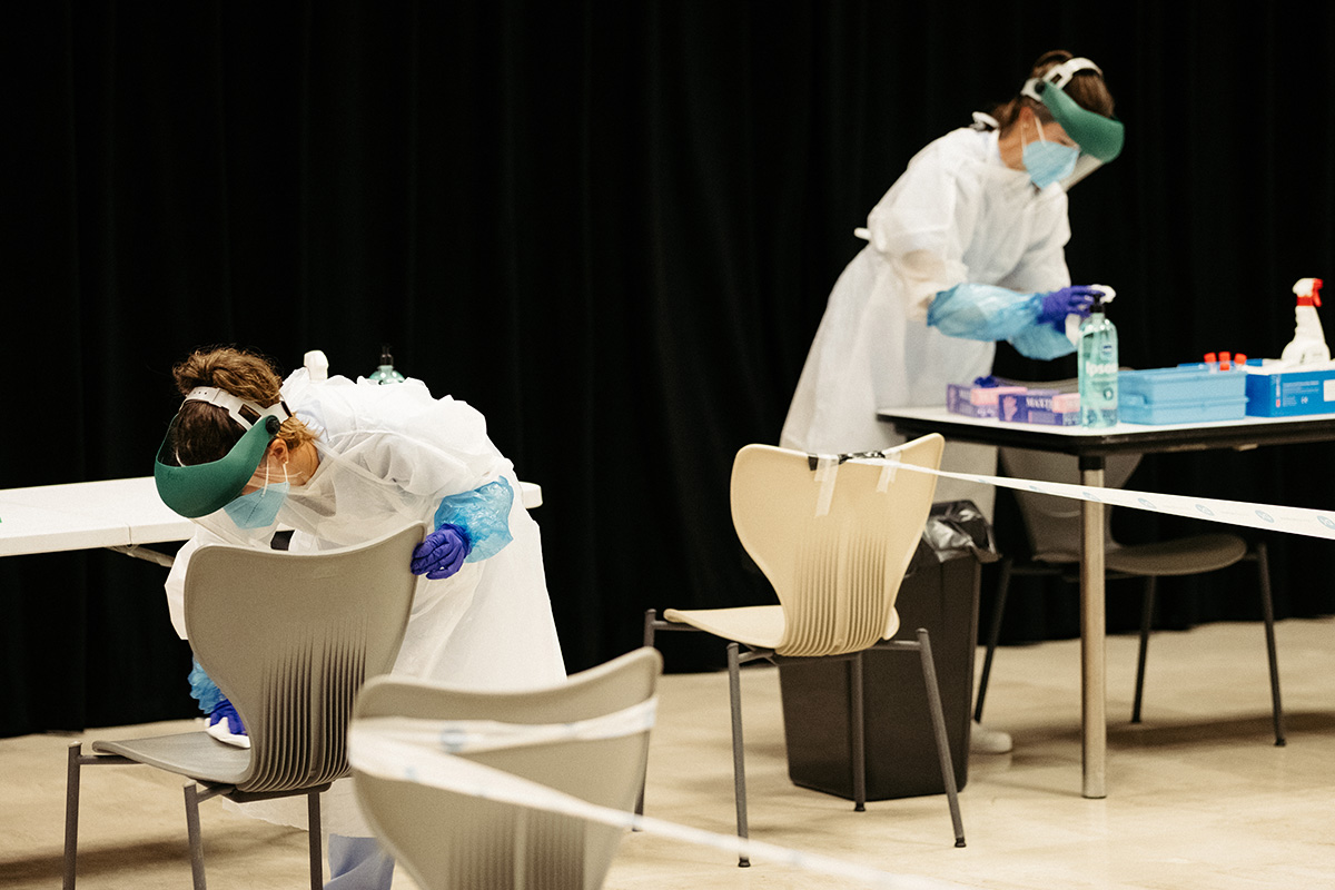 Imagen de archivo. PCRs en Donostia. Foto: Santiago Farizano