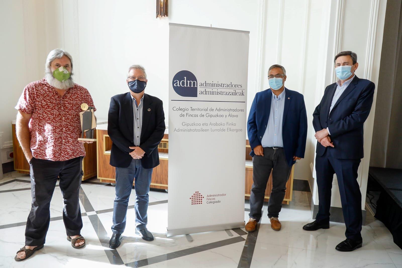 Foto: Presentación de los premios Ekieraikin