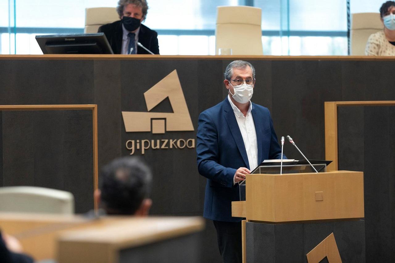 Markel Olano, en su discurso ante las Juntas Generales. Foto: Diputación de Gipuzkoa.