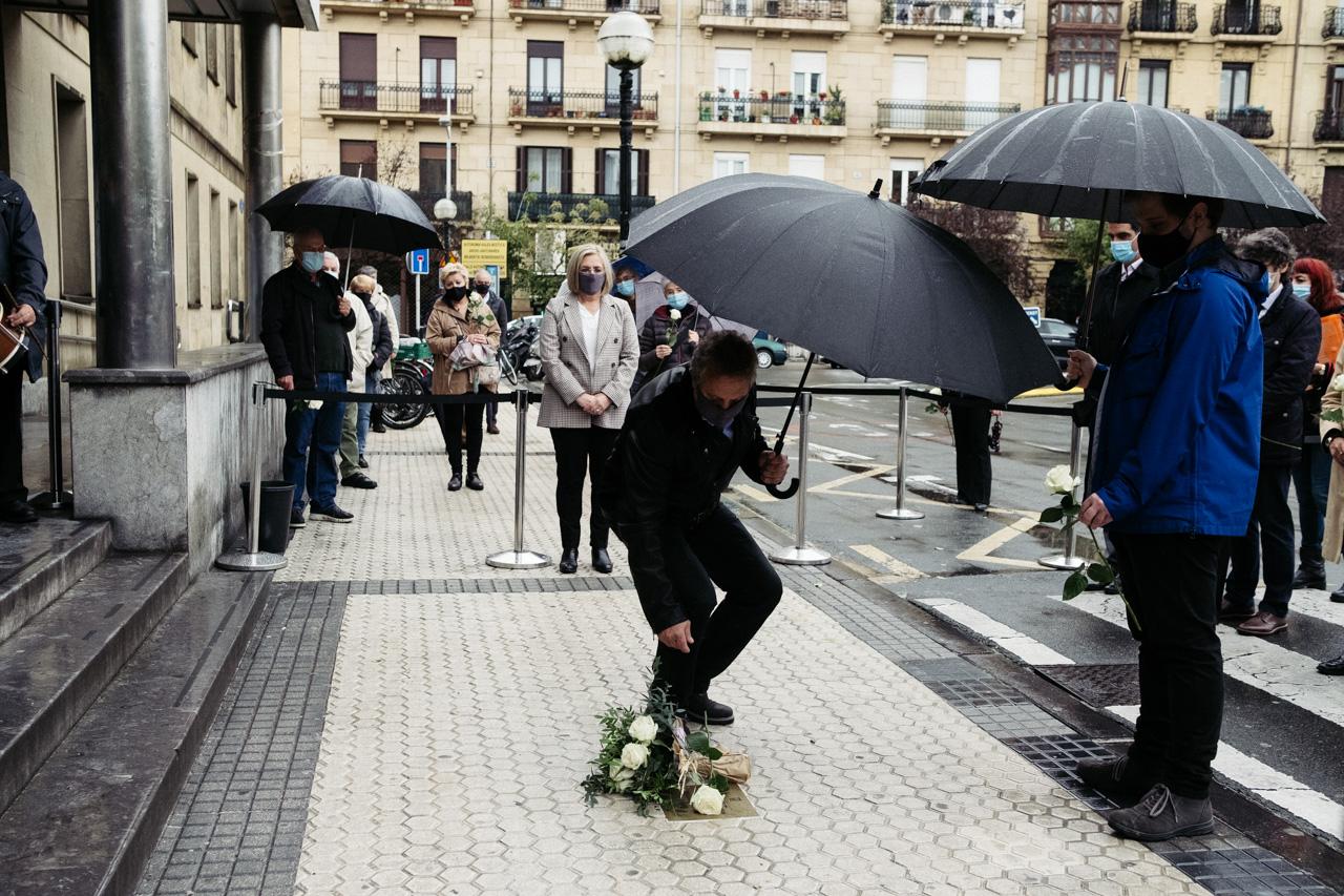 """DSCF4010 - Begoña Urroz: """"Mi padre murió sin que este atentado fuera reconocido"""""""