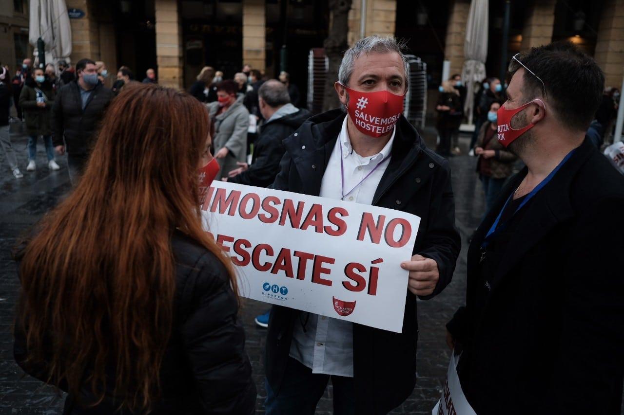 """2020 1127 11505200 copy 1280x853 - La hostelería clama en Donostia: """"Limosnas no, rescate sí"""""""