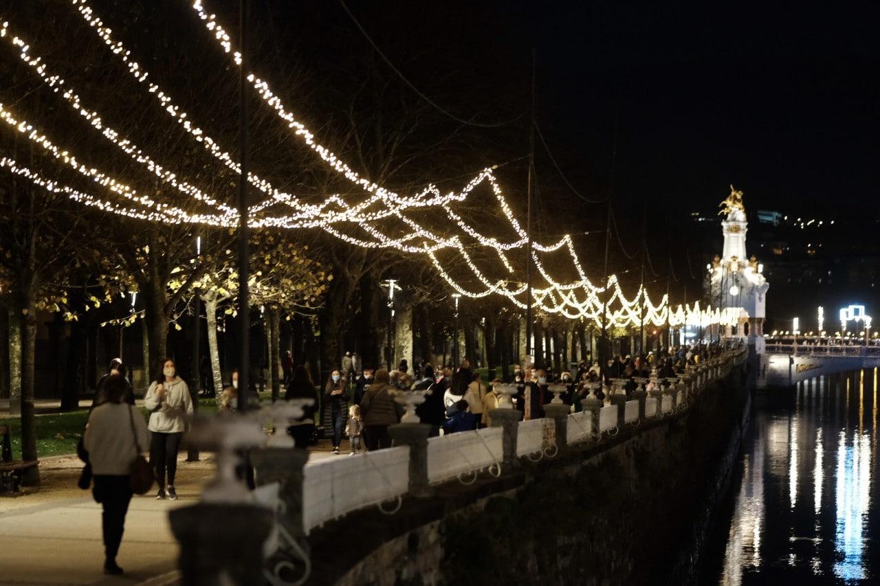 2020 1127 18263800 copy 1280x853 - Donostia se ilumina en su Navidad menos alegre