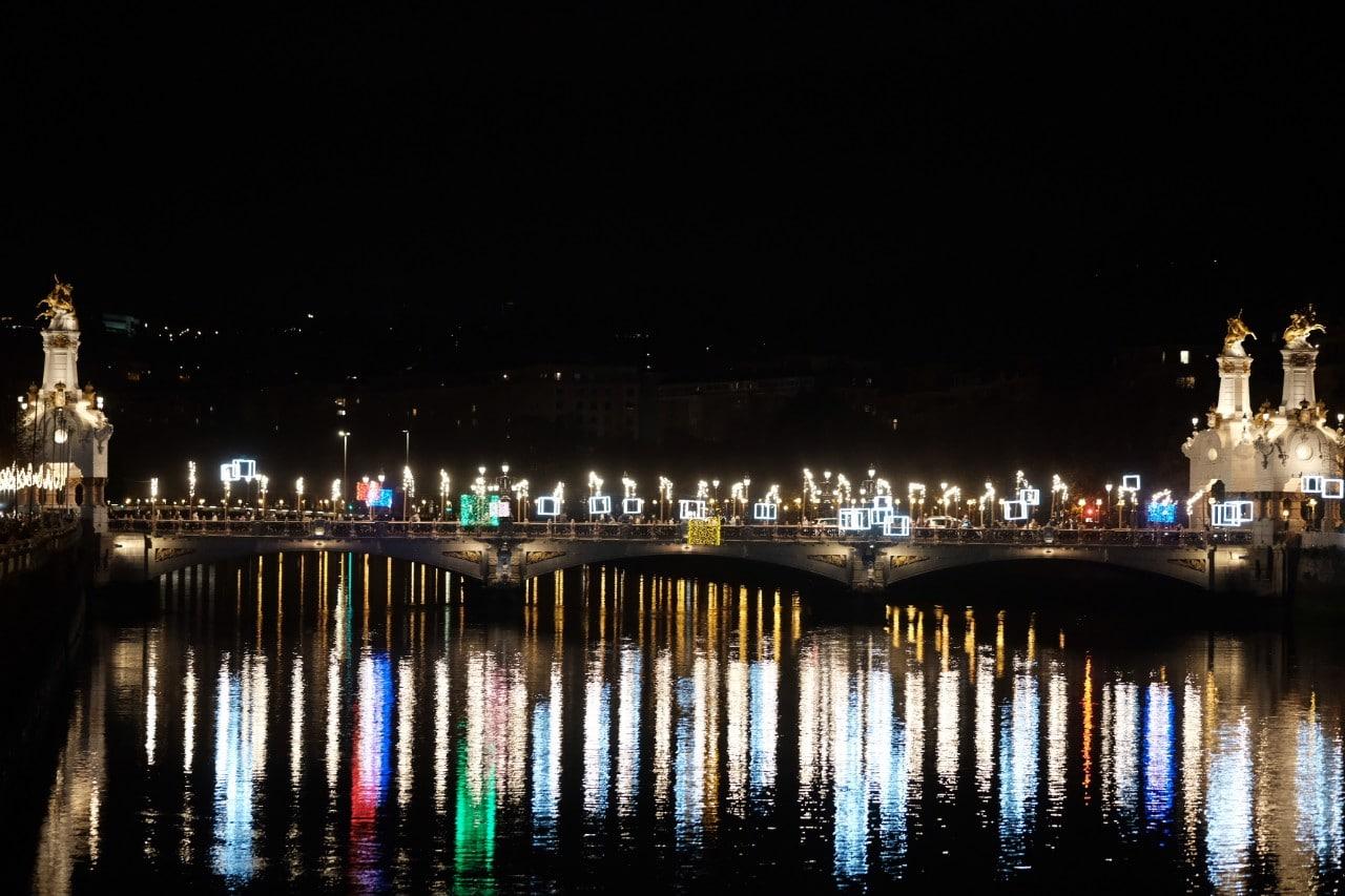 2020 1127 18270900 copy 1280x853 - Donostia se ilumina en su Navidad menos alegre