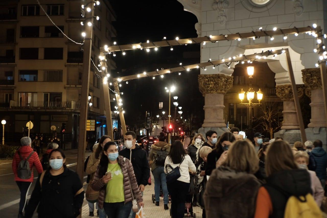 2020 1127 18384600 copy 1280x853 1 - Donostia se ilumina en su Navidad menos alegre