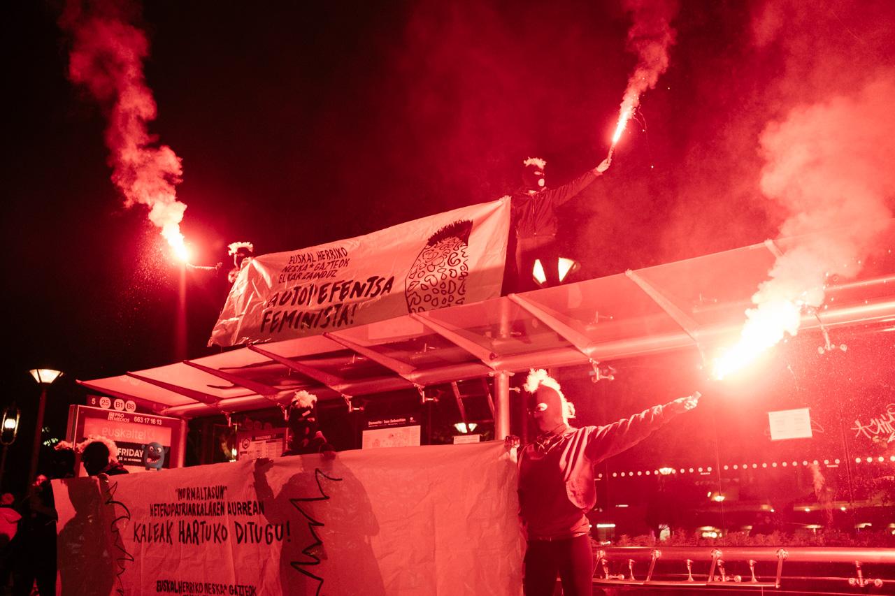 DSCF0988 - 25N: Nutrida manifestación en Donostia contra la violencia machista