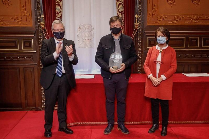 Entrega de reconocimientos hoy en la Diputación. Foto: Diputación